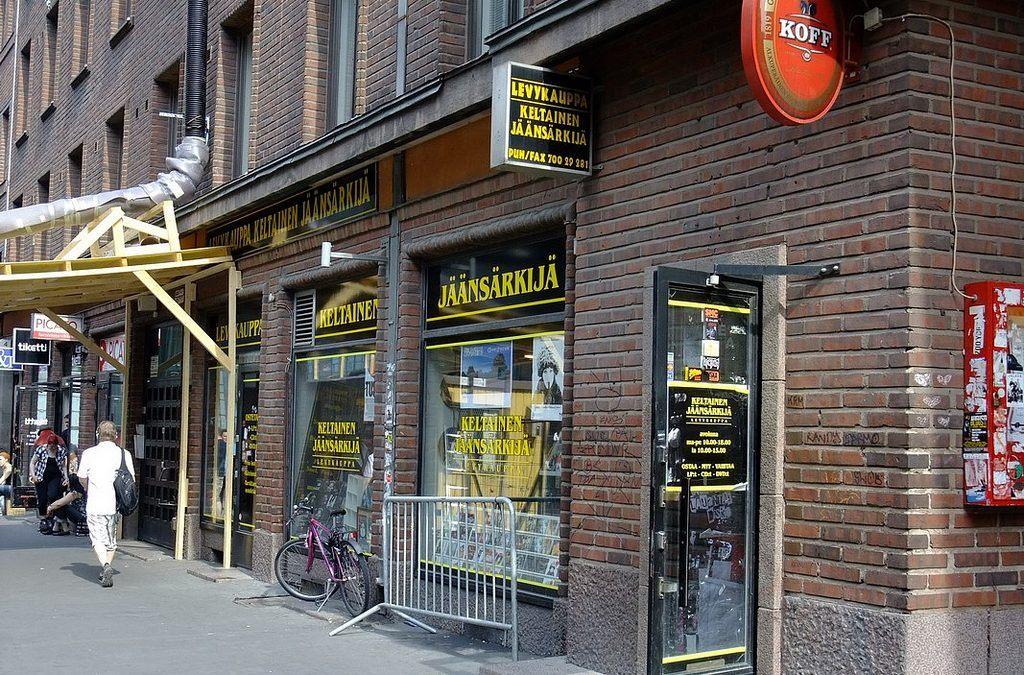 Keltainen Jäänsärkijä, Helsinki, Finland